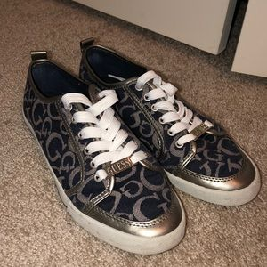 Size 7 Guess Sneakers
